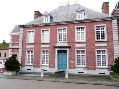 chateau_comte_du_bois.jpg